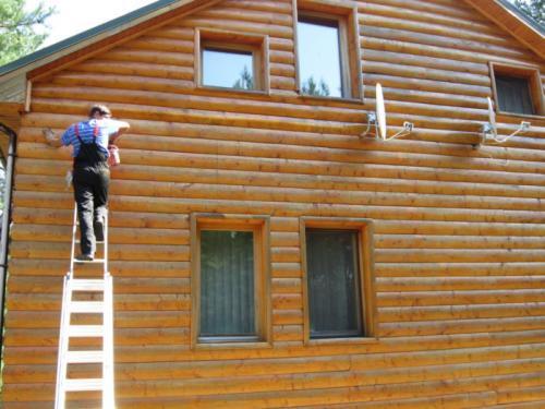 Какой краской лучше покрасить деревянный дом снаружи по старой краске. Какой краской покрасить деревянный дом снаружи по старой краске