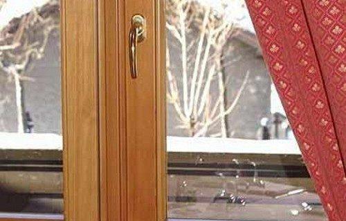 Как правильно клеить уплотнитель на деревянные окна. Технология герметизации деревянных окон своими руками
