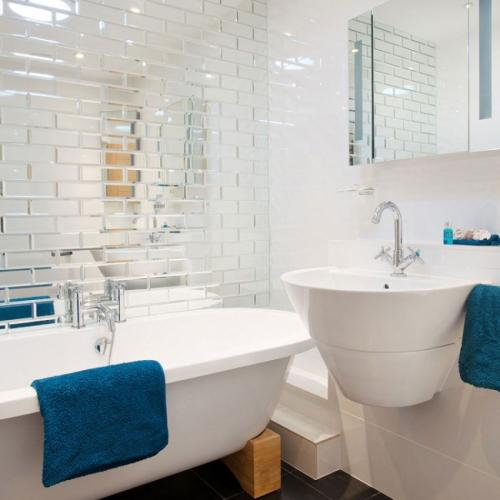 Интересные идеи для ванной комнаты. Маленькие ванные